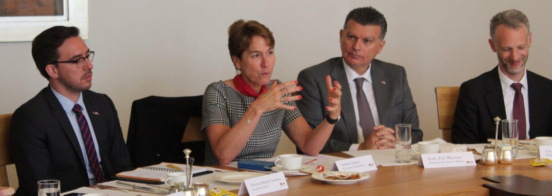 Desayuno con el nuevo Embajador y Jefe de Misión Adjunto de Suiza