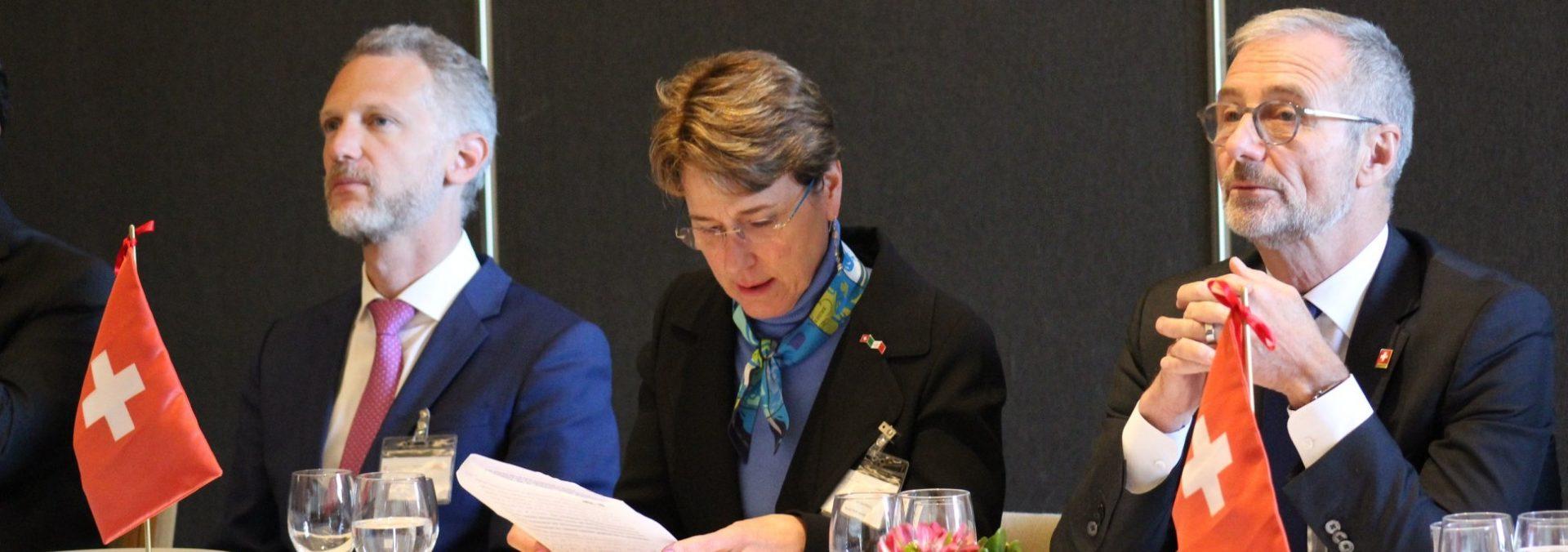 Conferencia: ¿Cómo Hacer Negocios entre la Globalización y el Proteccionismo?