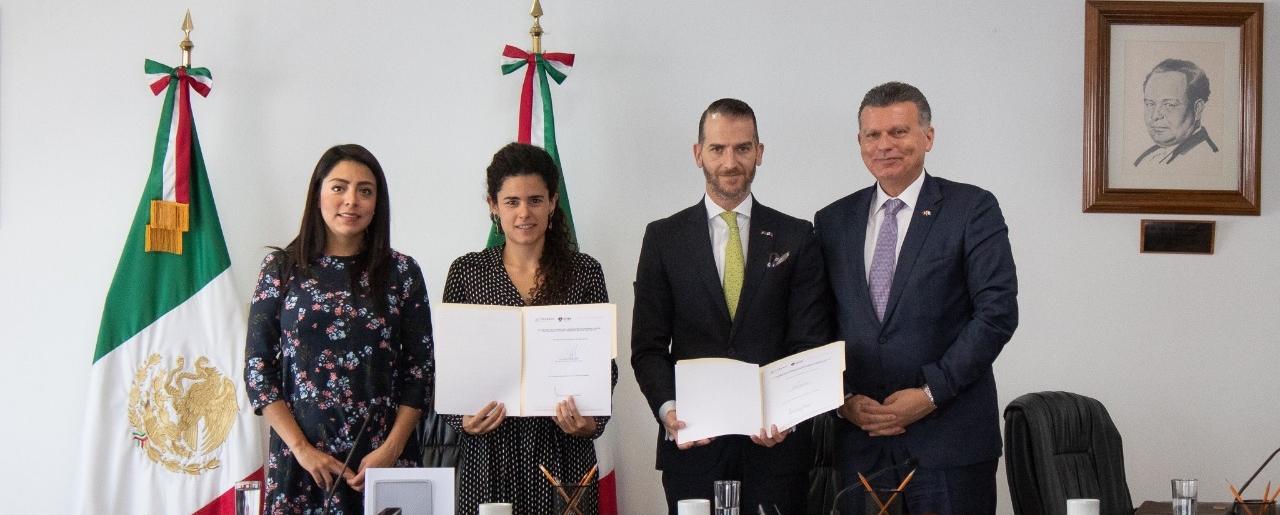Firma de Acuerdo con la Secretaría del Trabajo y Previsión Social